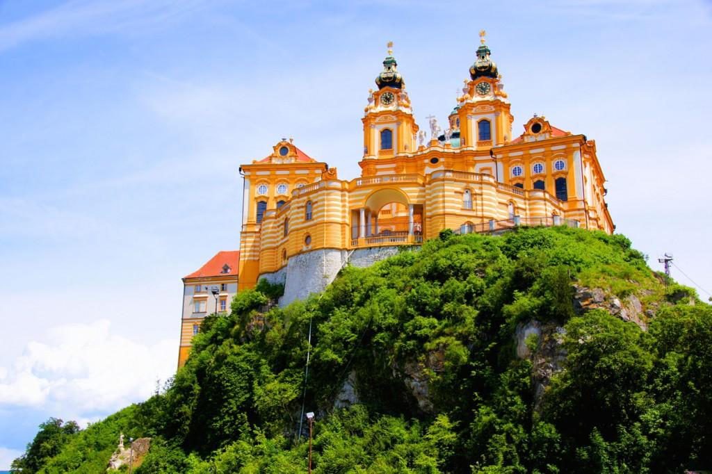 Austria_Melk_Abbey_is000026509929XLarge