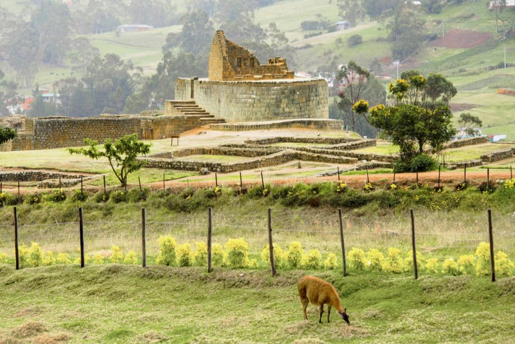 Ecuador_Cuenca_Ingapirca-Ruins_Getty_487773231