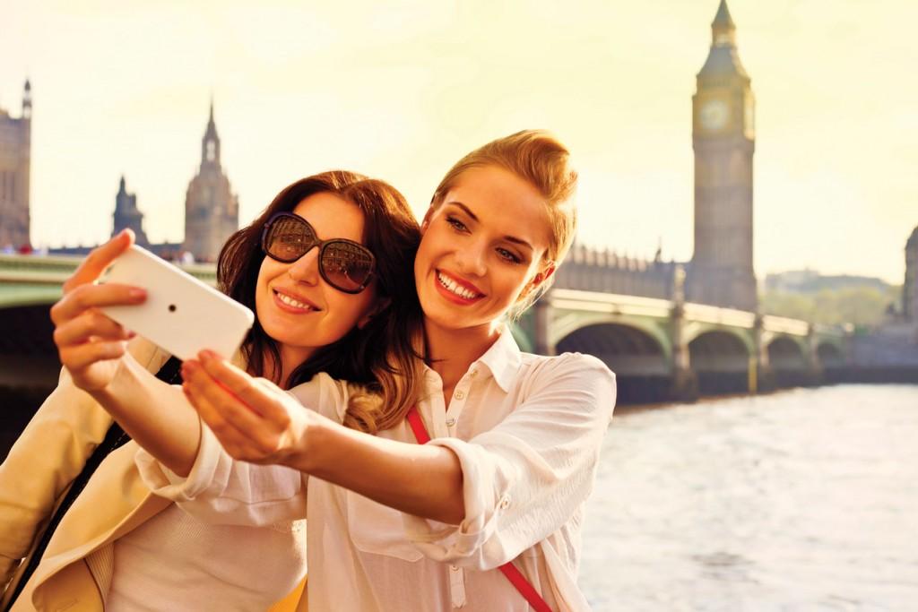 England_London_Big-Ben_Two-girls_iStock_000023729240XXLarge