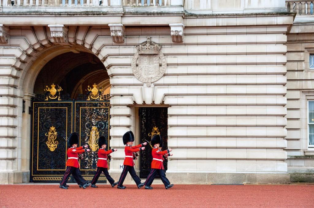 England_London_Palace-Guard_ML340087_RF