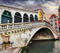 Italy_Venice_Grand-Canal_Rialto-Bridge_Getty_466188160