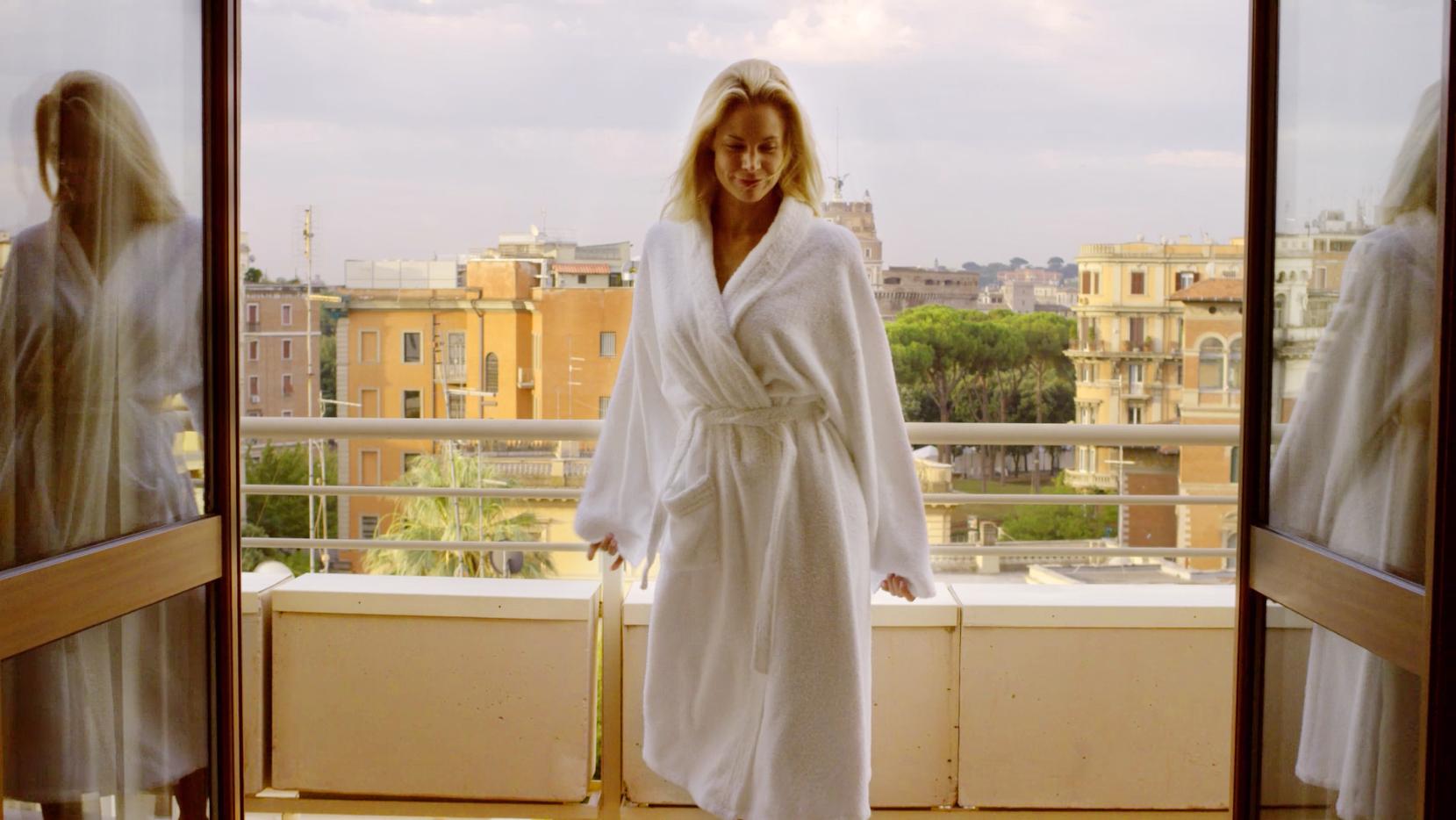MO 2014 Video Screen Shot_Hotel Balcony2_CXjhm