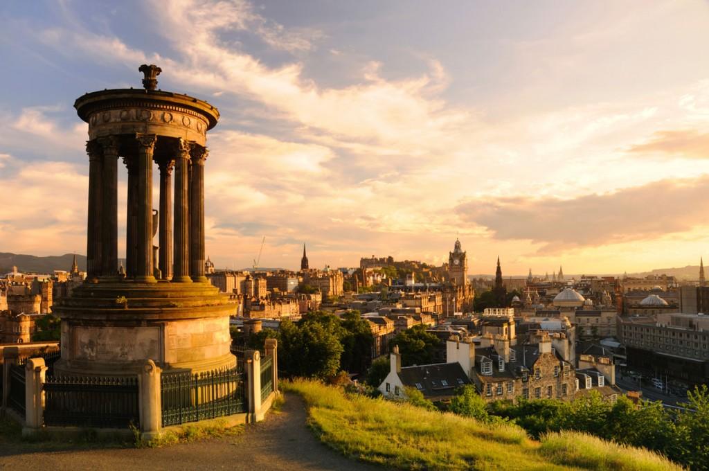 iStock_000006651418XLarge_Edinburgh