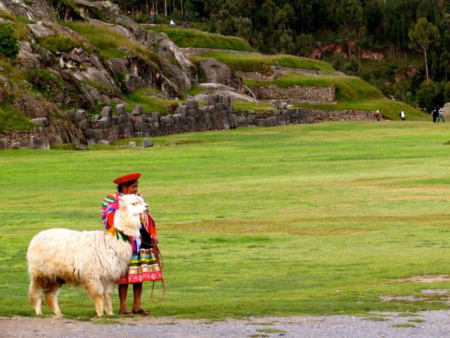 Woman at Sacsayhuaman