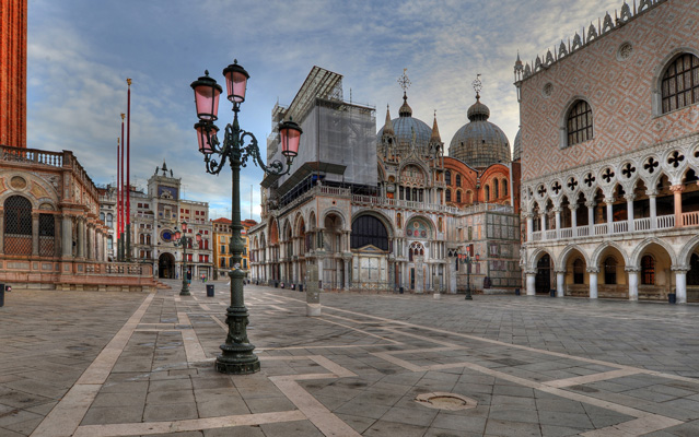 Italy_Venice_St-Marks-Cathedral_empty_Getty_535963053